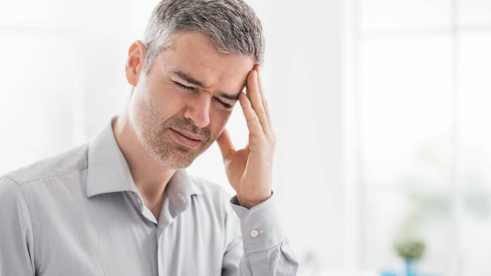 薑黃素副作用_頭痛